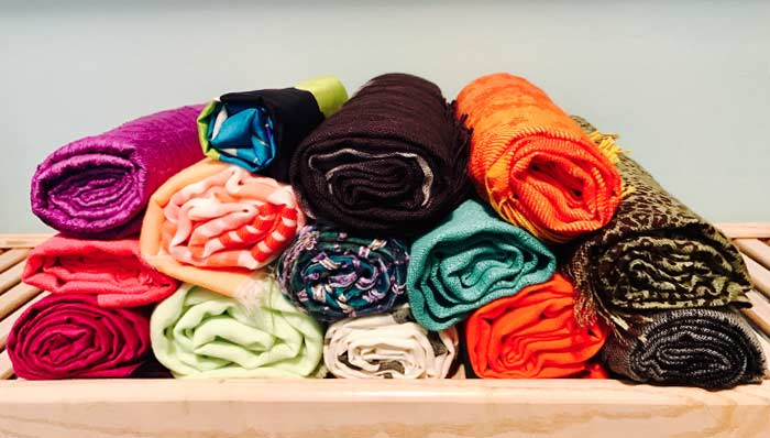 THREE SIMPLE WAYS TO ORGANIZE & STORE SCARVES